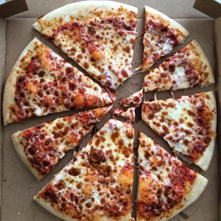 fatias de pizza corte ruim