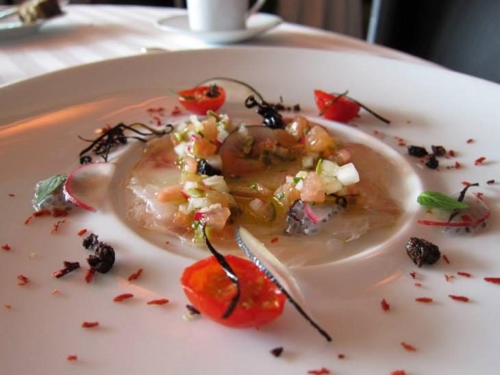 plato de sashimi Guy Savoy, París, Francia