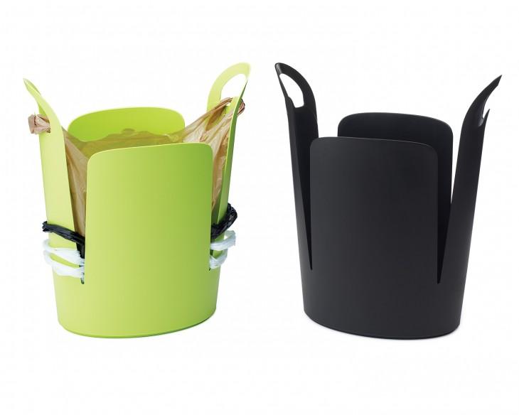 bote de plastico de basura con separaciones de plastico incluidas