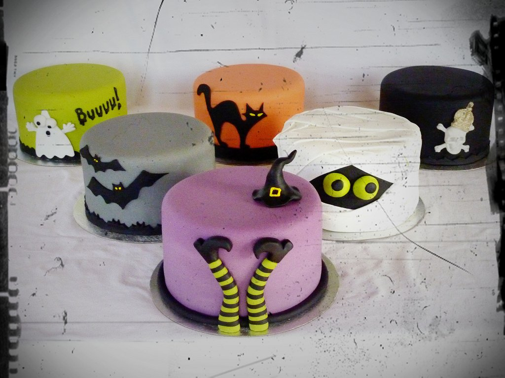 Tiered Halloween Cakes