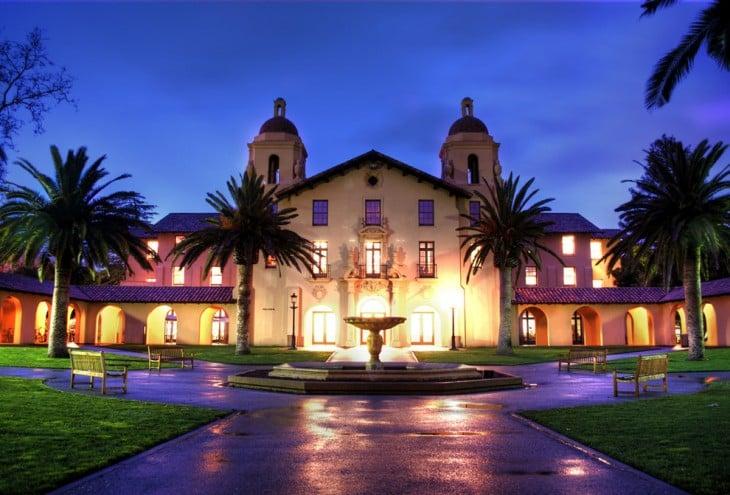 Πανεπιστήμιο του Στάνφορντ, στην Καλιφόρνια