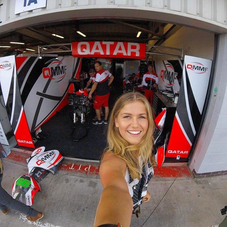 selfie de Mollie Bylett en Qatar