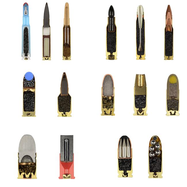 foto de diferentes balas partidas a la mitad