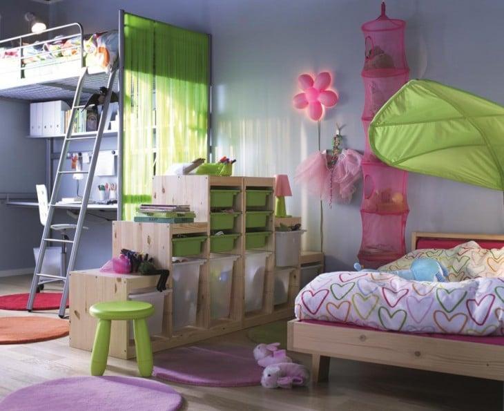 decoración creativa de una habitación dividida para un niño y una niña