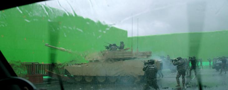 creación en pantalla verde de una escena de Godzila