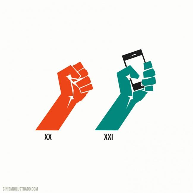 dos manos hacia arriba donde una trae un celular