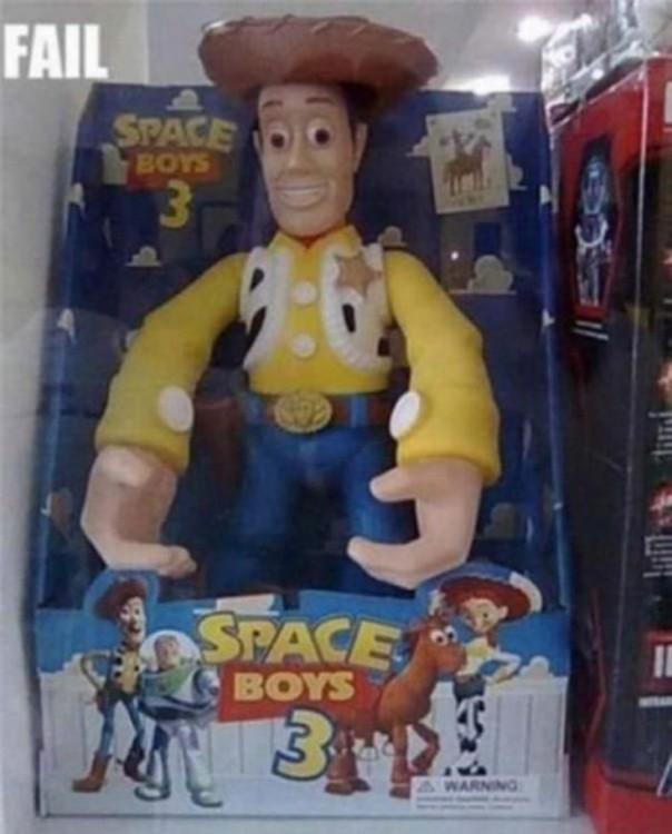 juguete pirata de Toy Story con el nombre de 'Space Boys 3'
