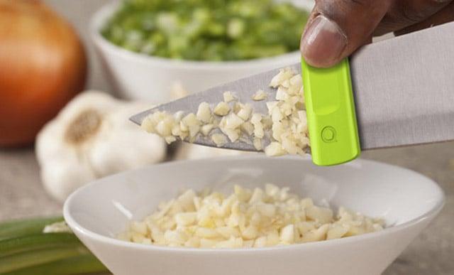 clip deslizador de residuos para cuchillo