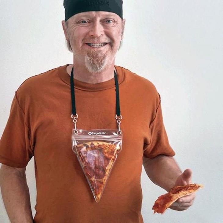 pizza pouch con la rebanada volteada