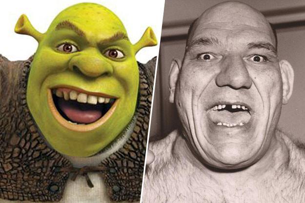 Shrek a un lado del luchador francés Maurice Tillet