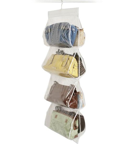 gancho ideal para acomodar las bolsas en el armario