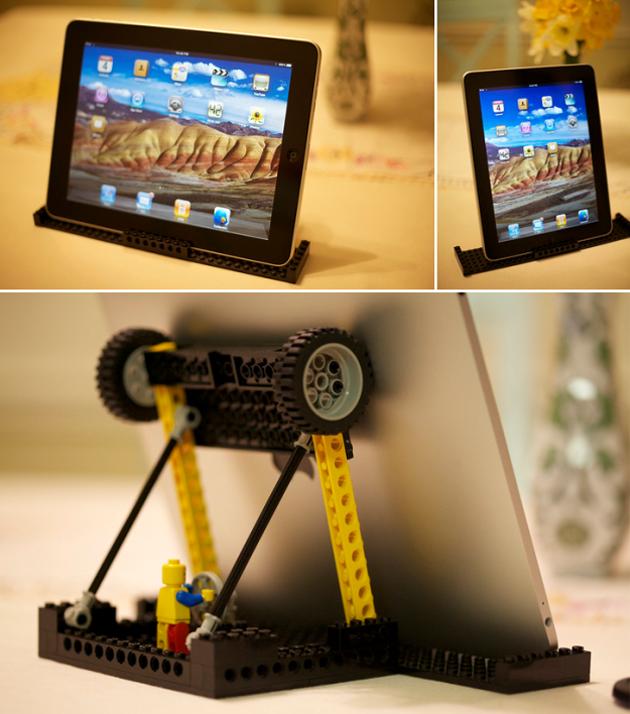 soporte para tablet hecha con piezas LEGO