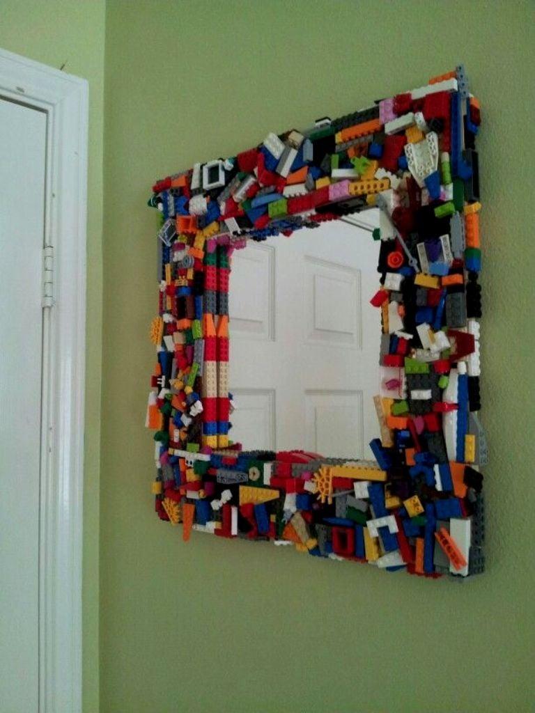 30 cosas tiles que puedes hacer con piezas lego - Hacer marco espejo ...