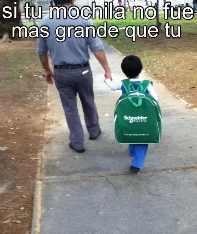 cuando la mochila de tu escuela era más grande que tu