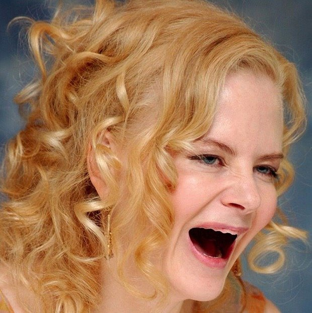 Nicole sin dientes
