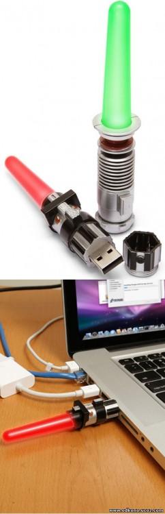 USB en forma de sable de luz
