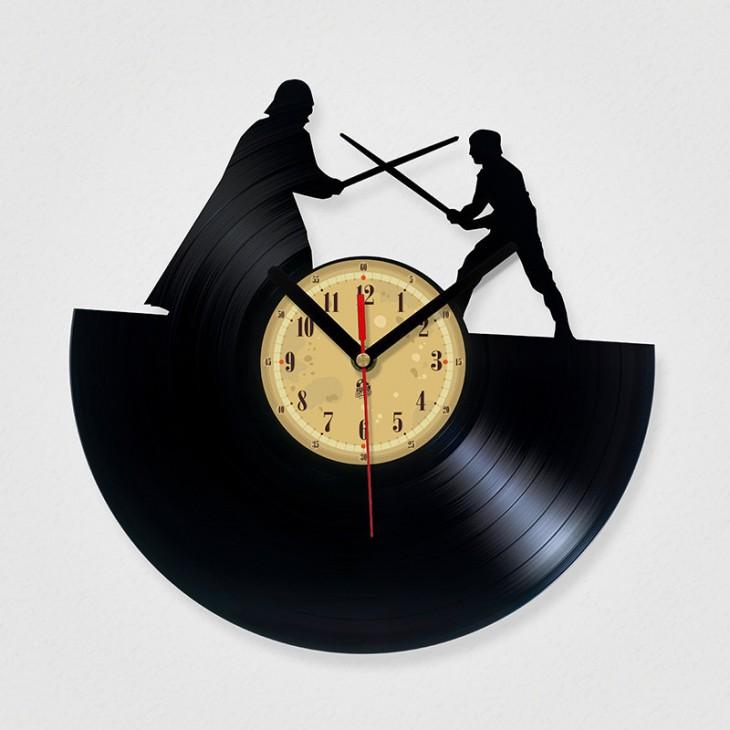 reloj de disco de vinilo de la lucha entre Darth Vader y Luke