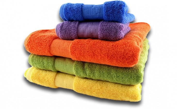 toallas de felpa de colores