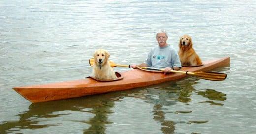 Construye un Kayac para pasear junto a sus perritas