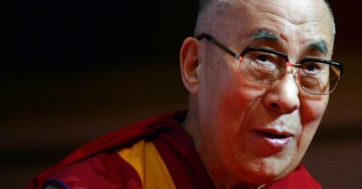 El Dalai Lama Da su opinión sobre atentados de París