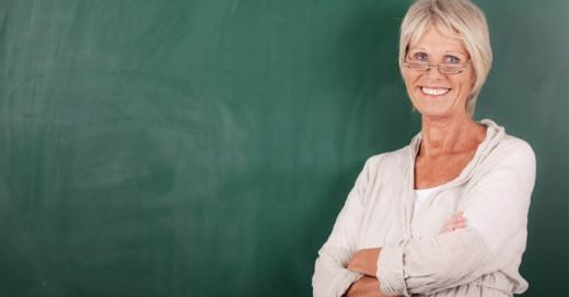 Un millonario menosprecia el trabajo de una profesora
