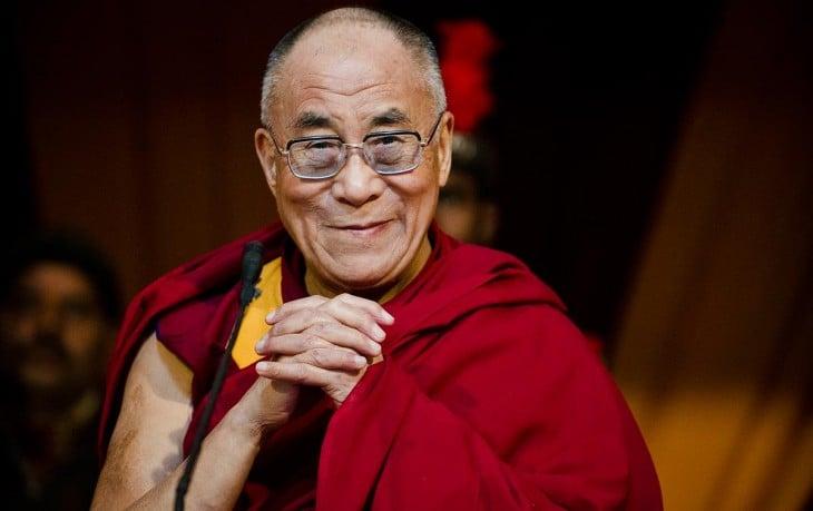 dalai lama líder budista tibetano