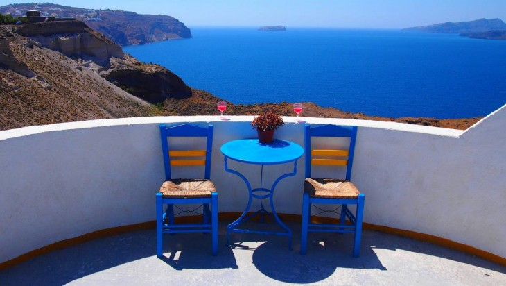 paisaje en una habitación del hotel en grecia
