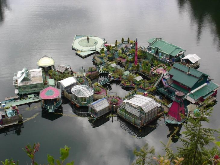 plataformas que conforman la isla flotante auto suficiente en Vancouver