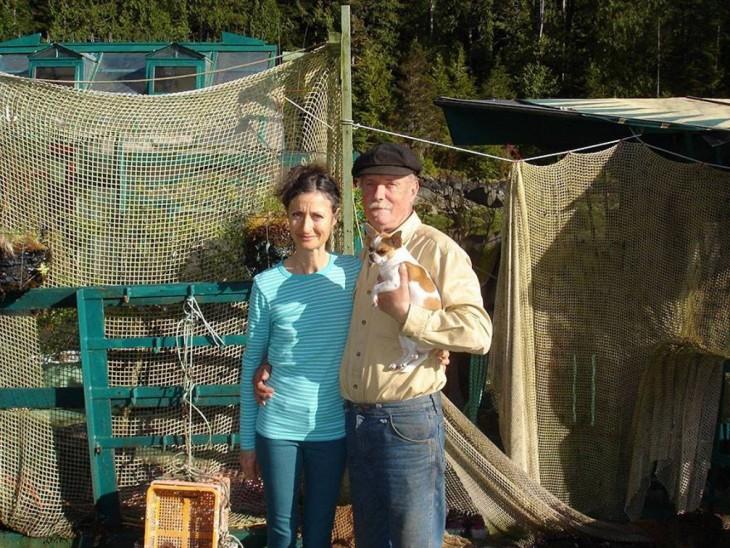 Wayne Adams y Catherine King pareja de canadienses que creo una isla flotante