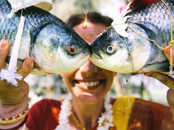 pescadora en la india
