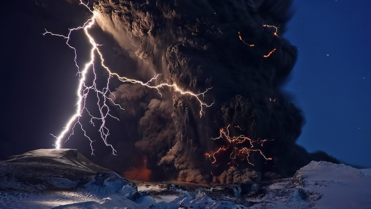 así se ve una erupción volcanica