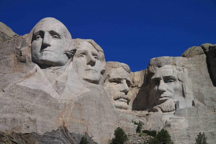 Monte Rushmore visto del área de observación de la marca