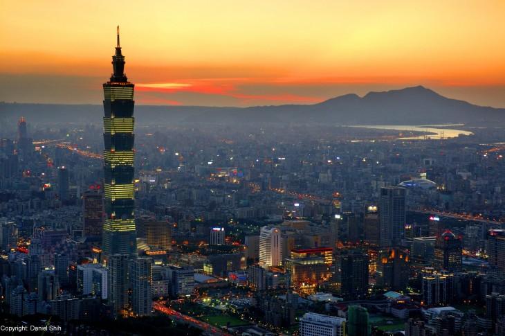 Atardecer Taipei en la cápital de Taiwán