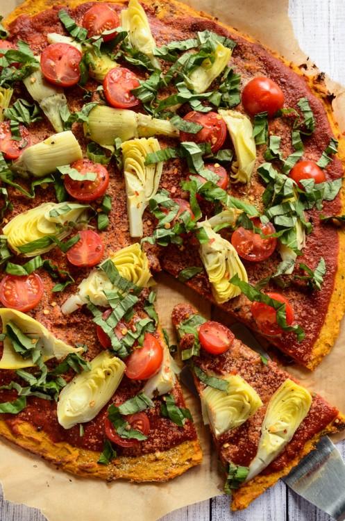 Pizza hecha con masa de camote