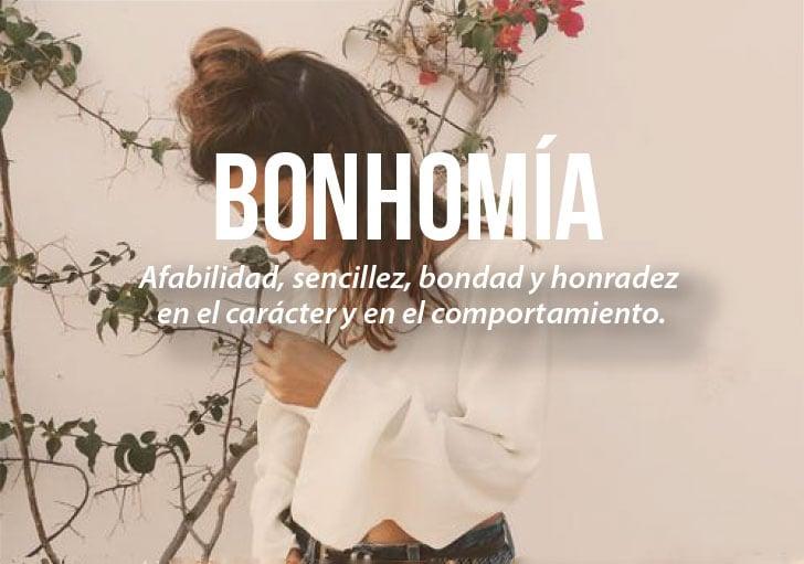 chica que define la palabra bonhomía