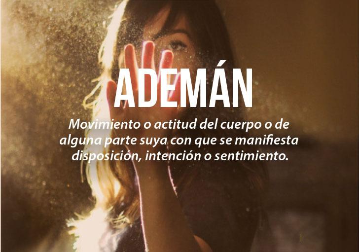 imagen de una chica con la definición de la palabra ademán