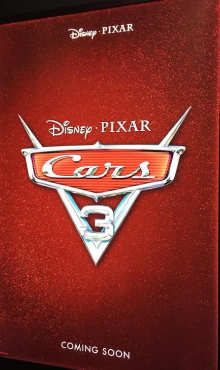 póster de la promoción de la película Cars 3