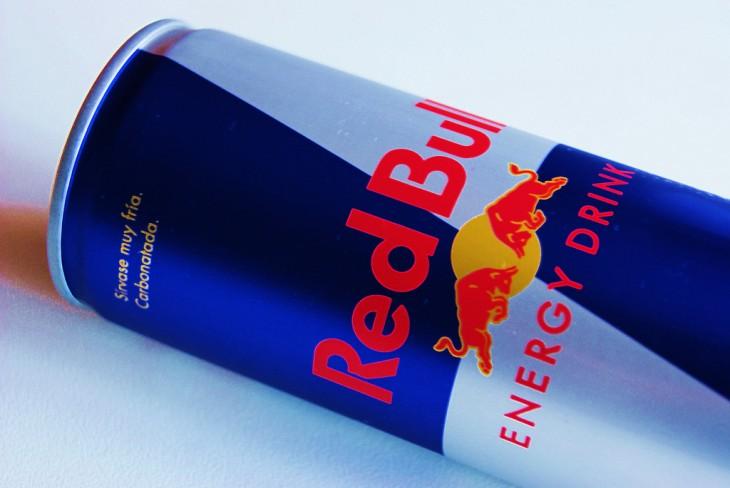 Lata de la bebida energética Red Bull