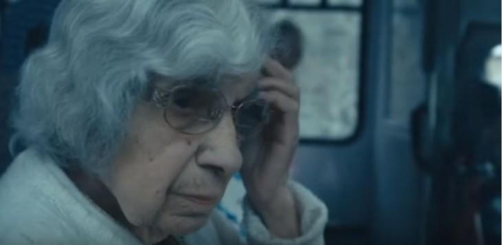 MARY TONY ANSIANA DE 98 AÑOS DE EDAD QUE VIVE PRACTIVAMENTE SOLA