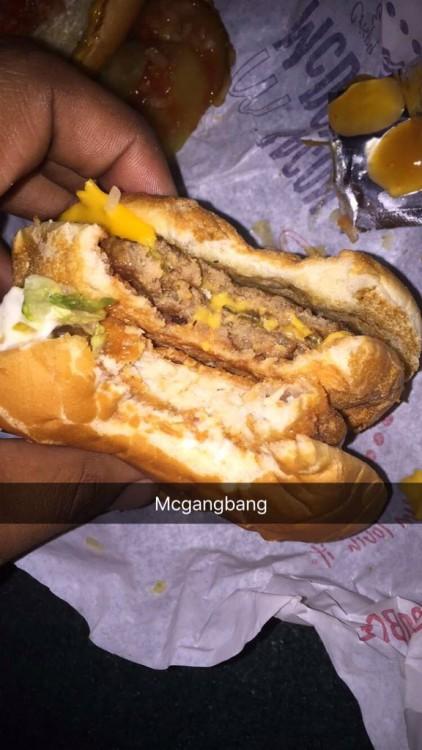 McGanbang platillo especial de McDonald´s