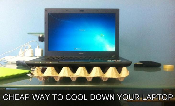 caja de huevos como ventilador portátil para laptop