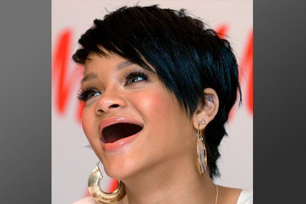 Rihanna sin dientes