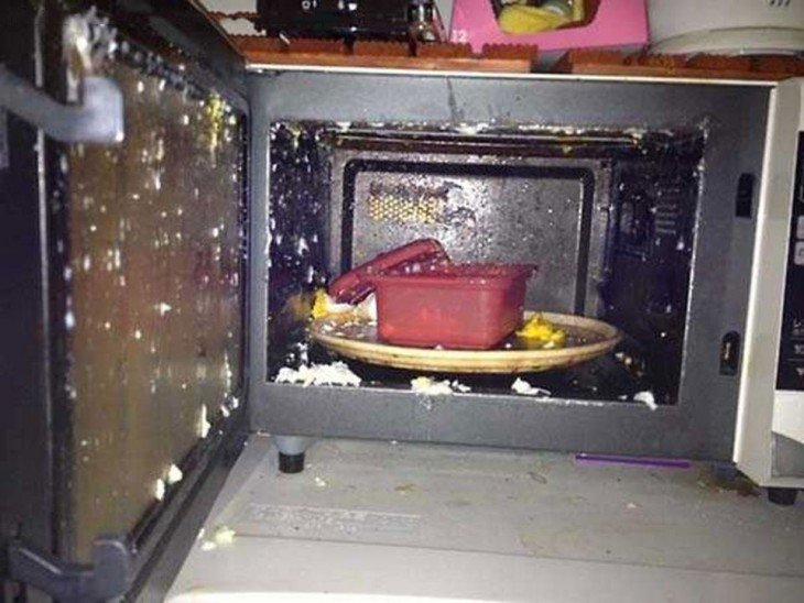 huevo recalentado en el microondas