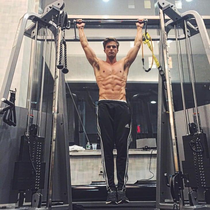 River Viiperi Ex novio dePris Hilton. Nominado entre los hombres más guapos del instagram 2015