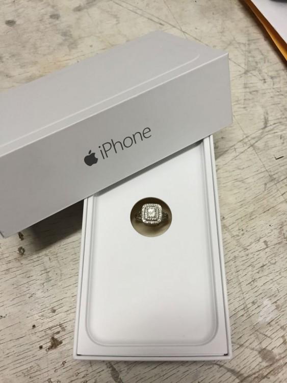 caja de comprimiso estilo Iphone