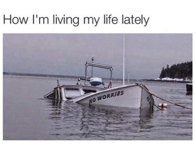 barco hundiéndose