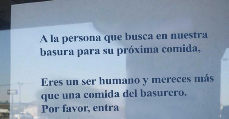 mensaje para una persona que hurgaba en los desperdicios de un restaurante