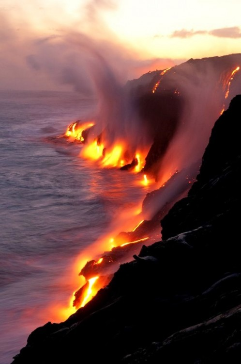después de una erupción la lava fue a parar al mar