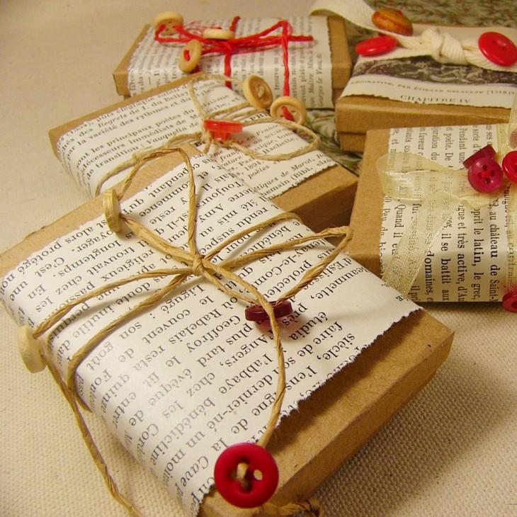 regalos envueltos con papel estraza