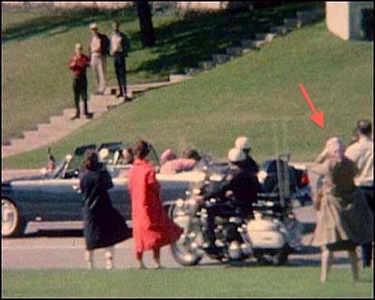 señora de la babushka en el asesinato de kennedy en 1963